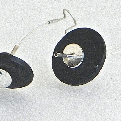 644 - Long Flexible Coconut Earrings