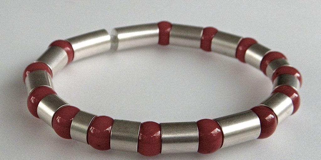 889 - Coral Bracelet