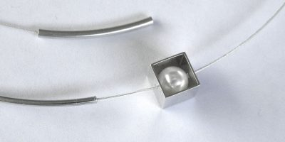 921 - Pearl In Cube Necklace