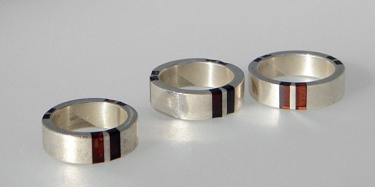 078 - Inlaid Amber Ring