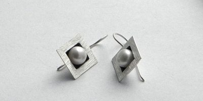 133 - Square Pearl Earrings