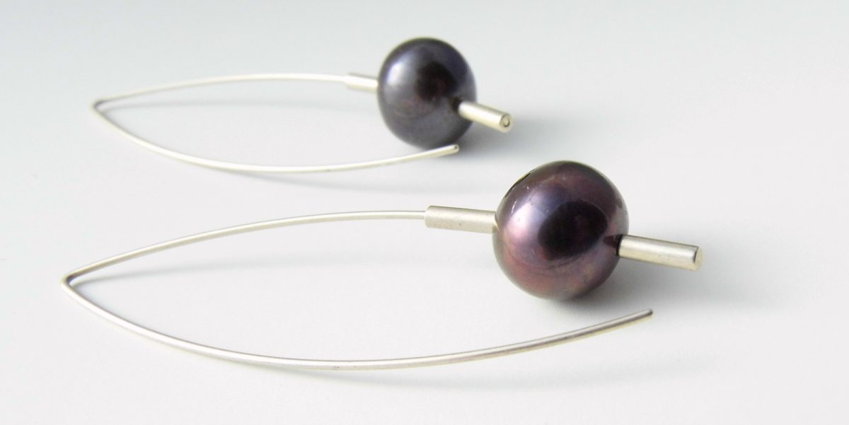 540 Drop 10mm Pearl Earrings Purple