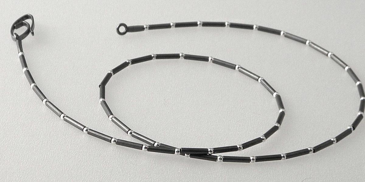 688 - Single Ball Tube Necklace