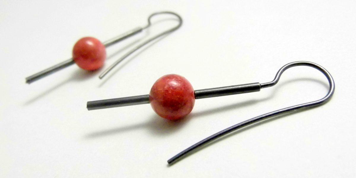 702 Sole Coral Earrings