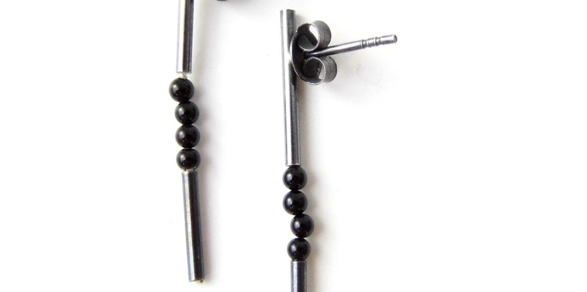 709 Four Onyx Earrings