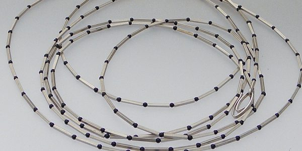 725 - Long Square Tubes Onyx Necklace 2