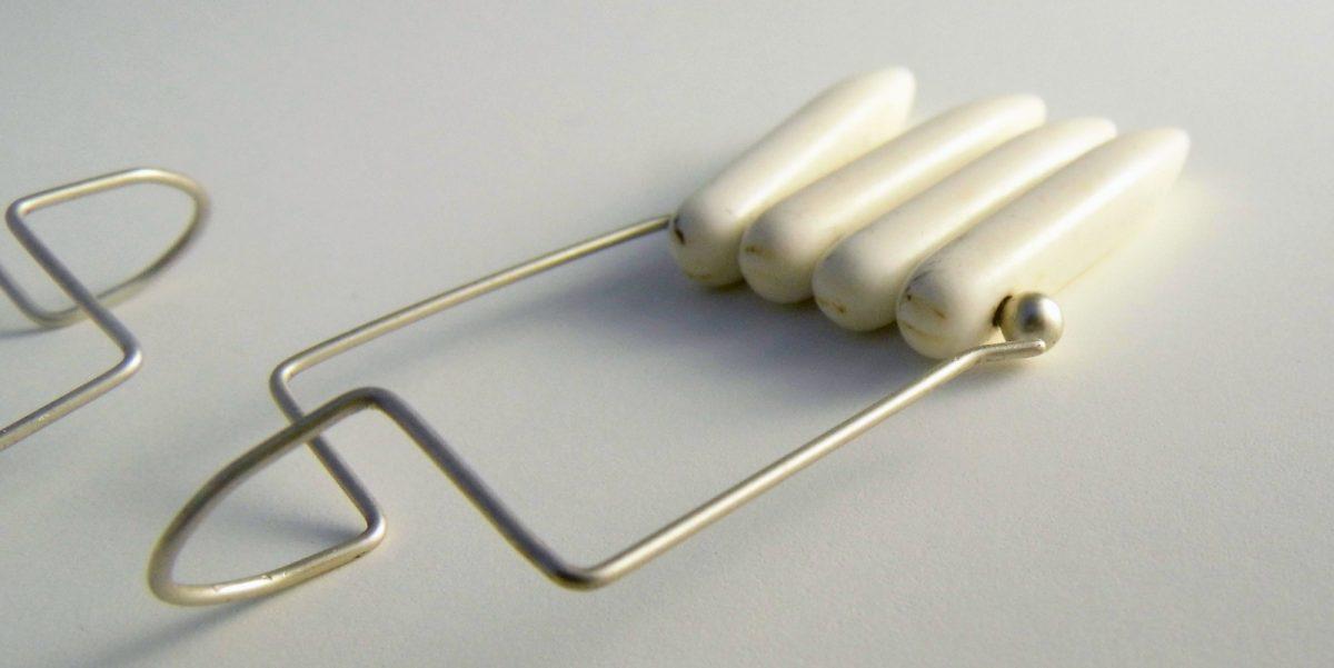 843 White Magnesite Earrings