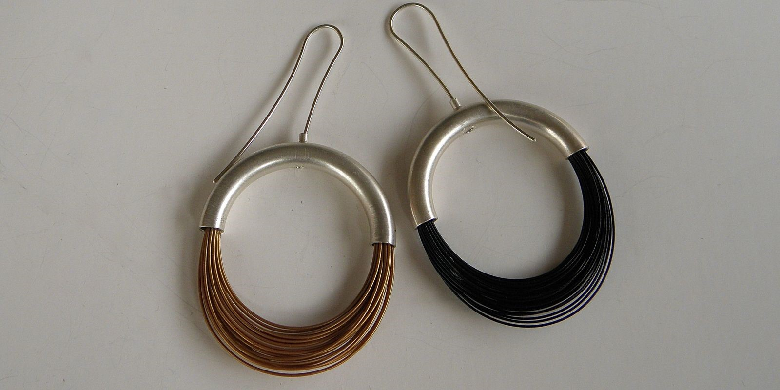 Sleek Wire Earrings | LAURETTE O\'NEIL JEWELRY