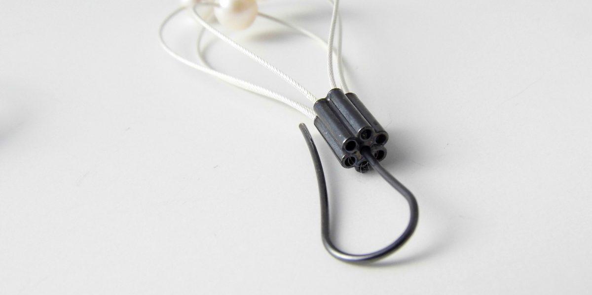 869 Pearl Whisk Away Earrings