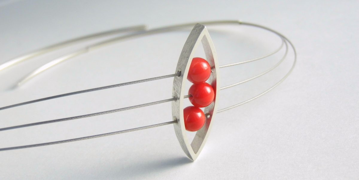 906 Almond Coral Necklace