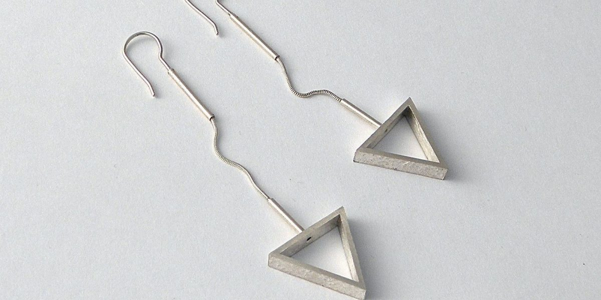 910 - Flexible Triangle Earrings