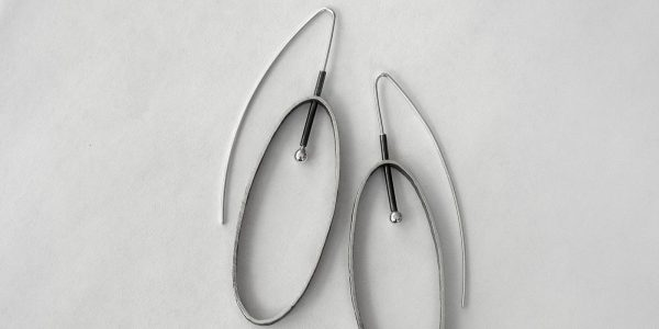 930 - Large Oval Earrings
