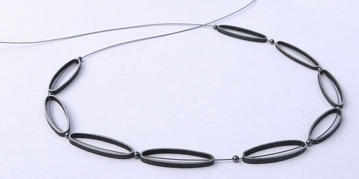 946 - Necklace